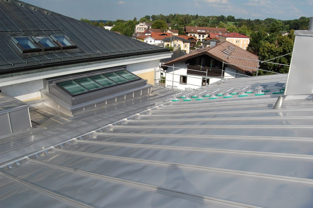 Standing Seam Roof Welding System Lintel Structure